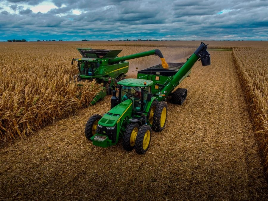 Picturesque farm life captured in Fields-Of-Corn Photo Contest, winners announced